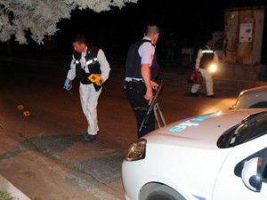 Dur ihtarı yapan polise ateş açıldı