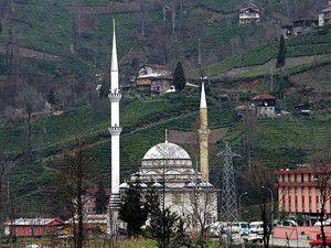 Yeni minare eskisinden uzun oldu