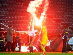 UEFAdan Fenerbahçeye tarihi ceza!