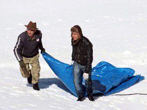 Karla kaplı dağları kayak merkezine çevirdiler