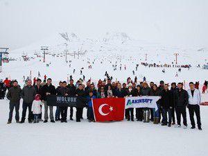 Akınsoft çalışanları Erciyesi gezdi