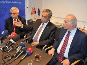 Almanyadaki Türkleri bakıcı aile olmaya çağırdı