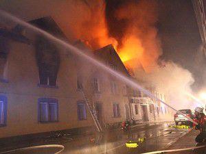 Almanyada yangın faciası: 7 Türk öldü