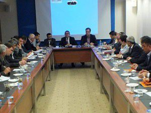 AK Parti İl Başkanlığında seçim toplantısı