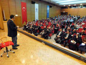 AK Parti Siyaset Akademisinde eğitimler sürüyor