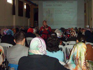 Velilere çocuk semineri
