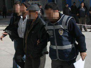 Uyuşturucu satıcıları yakalandı