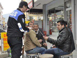 Akşehir polisinden broşürlü uyarı