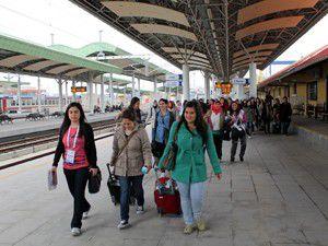 Öğrenciler YHT ile Konyaya geldi
