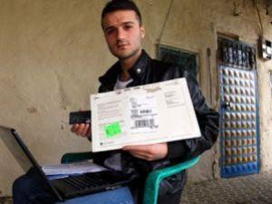 Türk genci Facebooktan 9 bin dolar kazandı