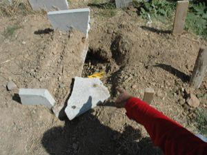 Gömülen bebek parçalanmış olarak çıkarıldı