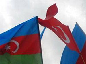 Baküde Türkiye bayrağı indirildi