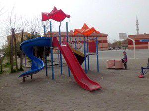 Karapınar Belediyesinden okullara oyun grubu