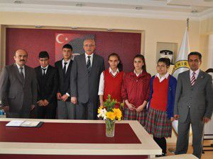 Öğrencilerden Başkan Çata ziyaret