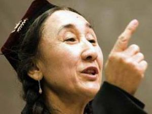Rabia Kadir: 9 Uygur idam edildi