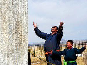 Tonyukuk Anıtları, Cauya emanet