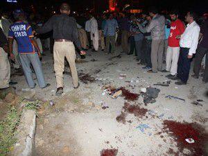 Patlamalarda 10 kişi öldü, 55 kişi yaralandı