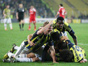 Fenerbahçe, Benficayı da devirdi!