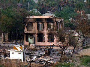 2 cami ile 157 evi ateşe verdiler