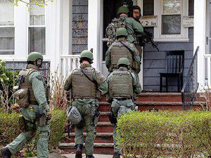 Bostonda üç gözaltı daha