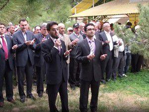 Yağmur duasında ıslandılar