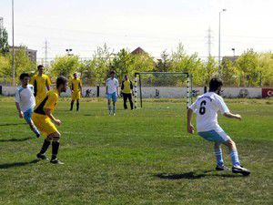 Selçukta Geleneksel Spor Şenlikleri Başladı