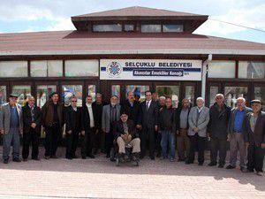 Başkan Altaydan Emekliler Konağı ziyareti
