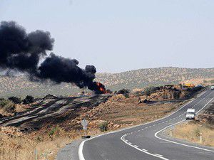 Diyarbakırda petrol boru hattında yangın