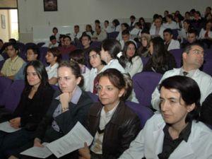 """Meram Tıp personeline """"Domuz Gribi"""" semineri"""