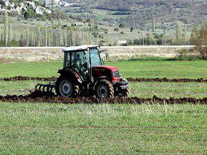Çiftçiye mazot, gübre ve analiz desteği