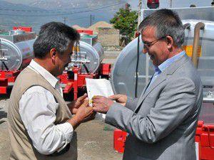 Akşehirde 11 köye yangın söndürme tankeri