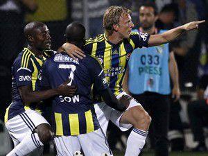 Fenerbahçe kupayı aldı