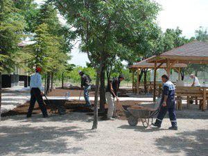 Karatayın yeşil alan ve park çalışmaları sürüyor