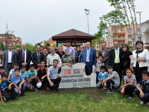 Azerbaycan toprağını Merama getirdiler