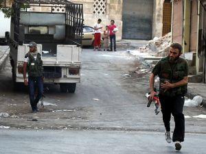 Halepte askeri konvoya saldırı