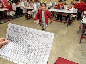 17 milyon öğrenci karne alıyor