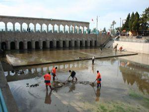 Beyşehirde BSA kanalında temizlik çalışması