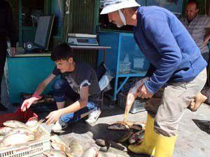 En fazla balık tutan avcıya altın ödülü