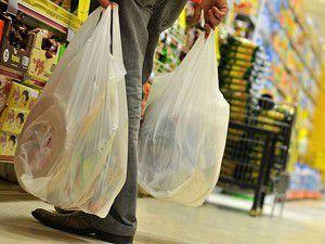 ABD plastik poşetleri yasaklıyor