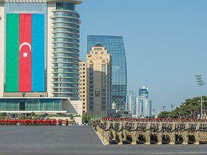 Azerbaycanda görkemli tören