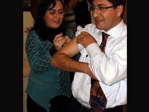 Konyada eczacılar domuz gribi aşısı vurundu