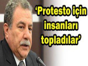 Protesto için insanları topladılar