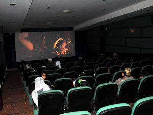 Konyada çocuklara ücretsiz sinema