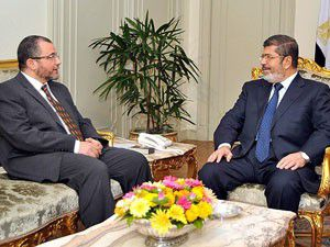 Mısır Başbakanı Kandil istifasını Mursiye sunacak
