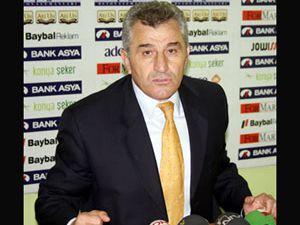 Konyaspor un Bolu mesaisi sürüyor