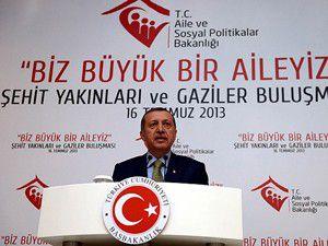 Erdoğan gazi ve şehit yakınlarıyla iftarda buluştu