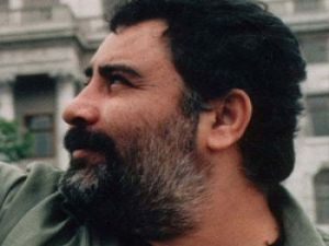 Ölüm yıldönümünde Ahmet Kaya'ya jest