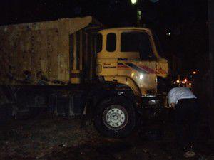 Ziraat Odasına ait 2 kamyon kundaklandı