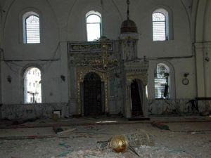 Camiyi bombaladılar