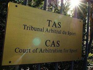 CAS iki takımı da Avrupadan men etti